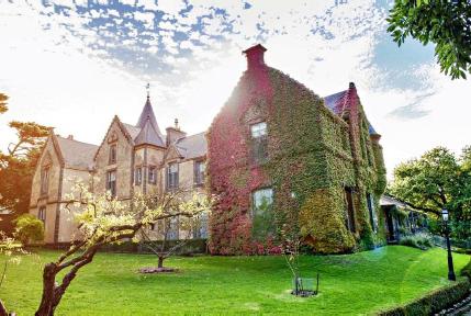 overnewton-castle